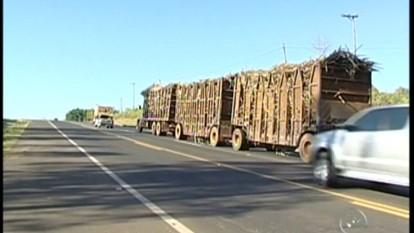 Polícia Rodoviária divulga balanço de acidente na região de Tatuí, SP