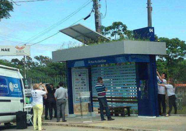 Ponto de ônibus ecossustentável em Florianópolis (Foto: Mariana de Ávila/G1)