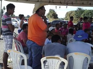 Moradores receberam visita de engenheiro (Foto: Divulgação)