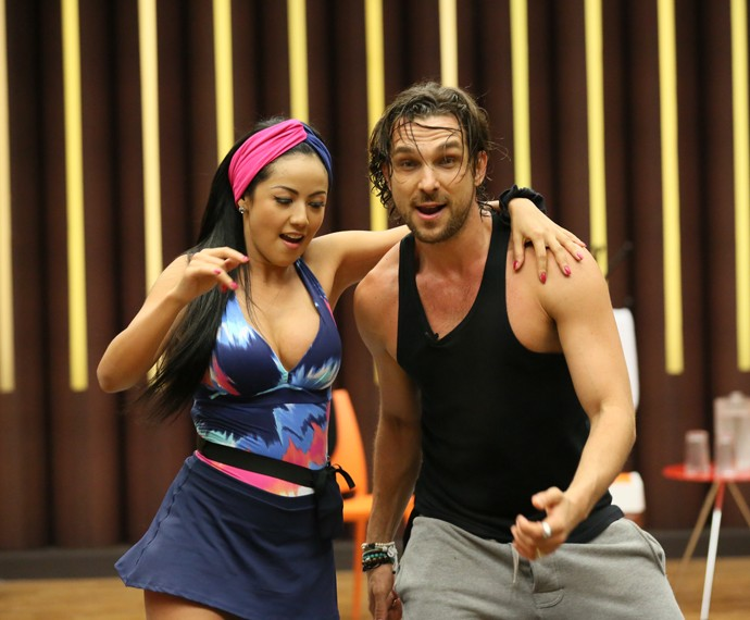 Igor Rickli e a bailarina Suellem Morimoto (Foto: Isabella Pinheiro / Gshow)
