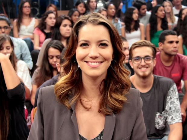 Nathalia Dill participa da gravação do programa 'Altas Horas' (Foto: Marcos Mazini/Gshow)