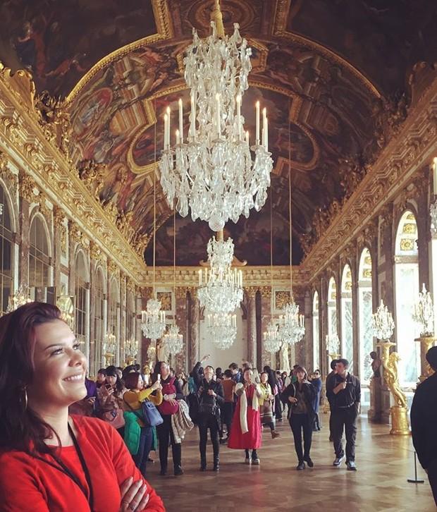 Fernanda Souza no Palácio de Versalhes (Foto: Reprodução/Instagram)