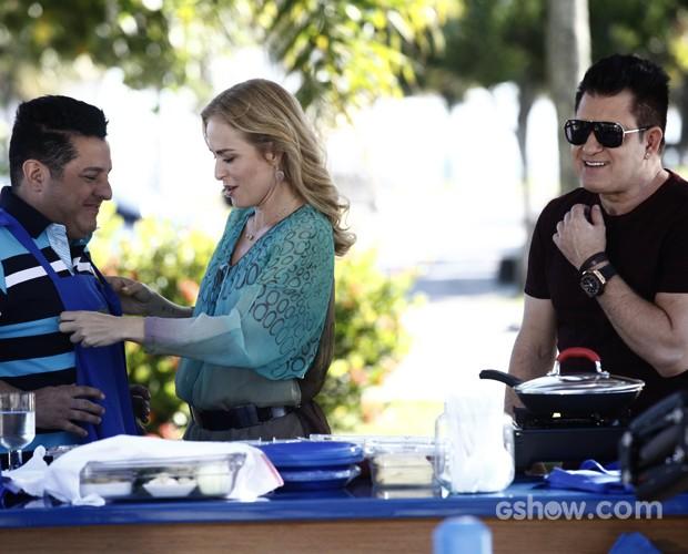 Angélica prepara Bruno & Marrone (Foto: Inácio Moraes/TV Globo)