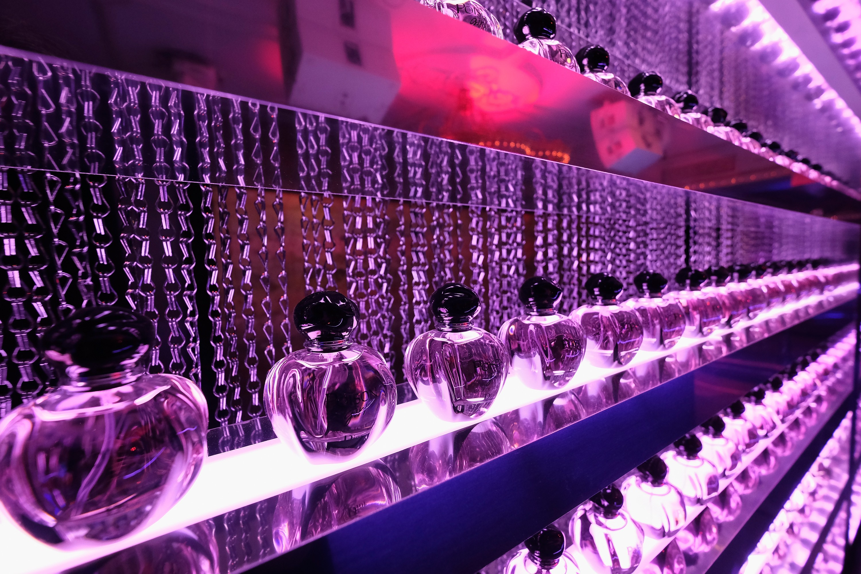"""O Poison Club em NY recebeu o lançamento de """"Poison Girl"""", da Dior (Foto: Divulgação)"""