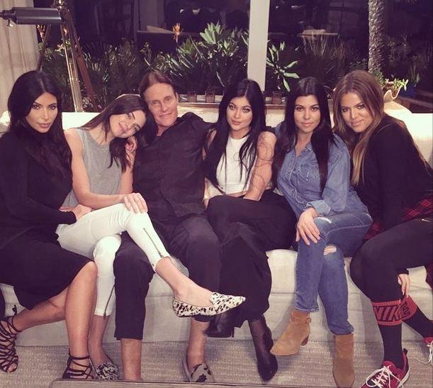 Família Kardashian reunida (Foto: Instagram/Reprodução)
