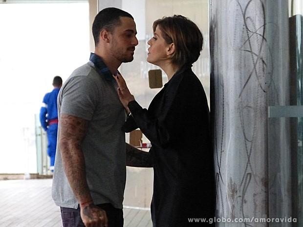 A dupla mostrou entrosamento durante as gravações (Foto: Amor à vida/TV Globo)