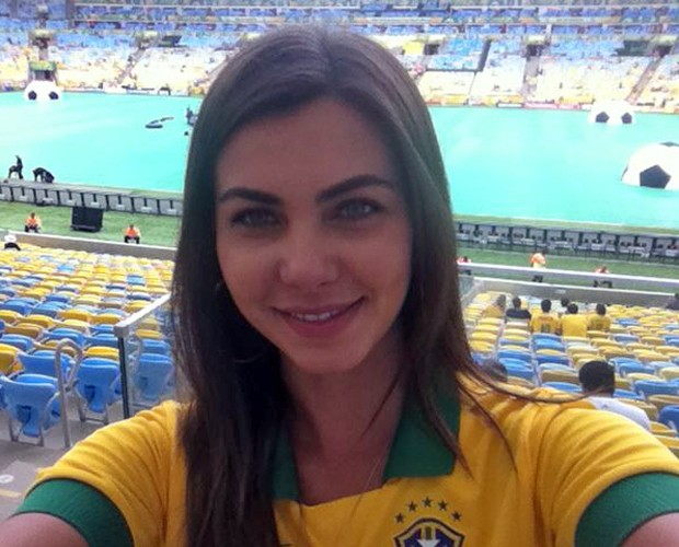 A repórter da fila mais famosa do Brasil está tranquila com a fama (Foto: Arquivo Pessoal)