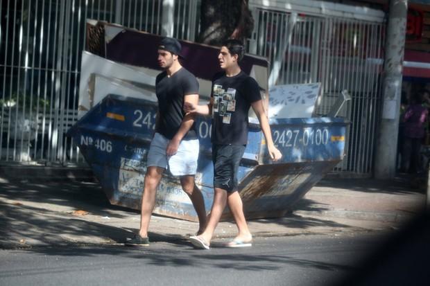 Enzo Celulari e amigo (Foto: Agnews)