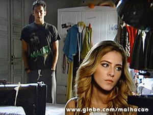 Ben pede para conversar com Sofia e propõe fazerem as pazes (Foto: Malhação / TV Globo)