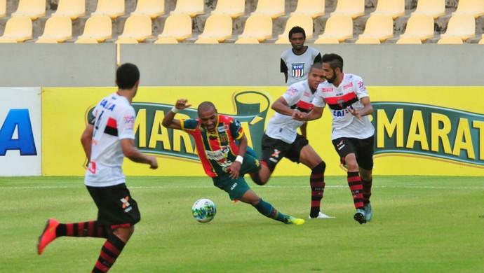 Sampaio x Atlético-GO (Foto: Biaman Prado/O Estado)