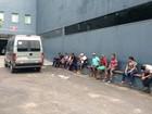 Em Manaus, eleitores fazem fila antes da votação do 2º turno das eleições
