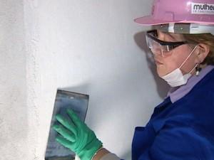 ONG Mulher em Construção promove o projeto (Foto: Reprodução/RBS TV)
