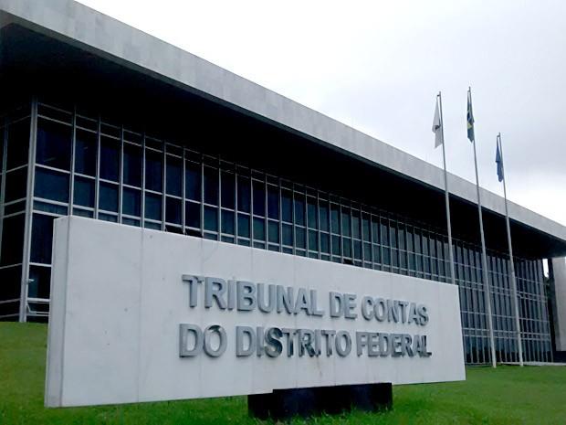 Fachada do prédio do Tribunal de Contas do DF (Foto: Lucas Nanini/G1)