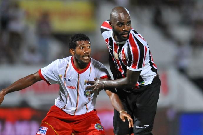Santa Cruz x Juazeirense Copa do Nordeste (Foto: Aldo Carneiro / Pernambuco Press)