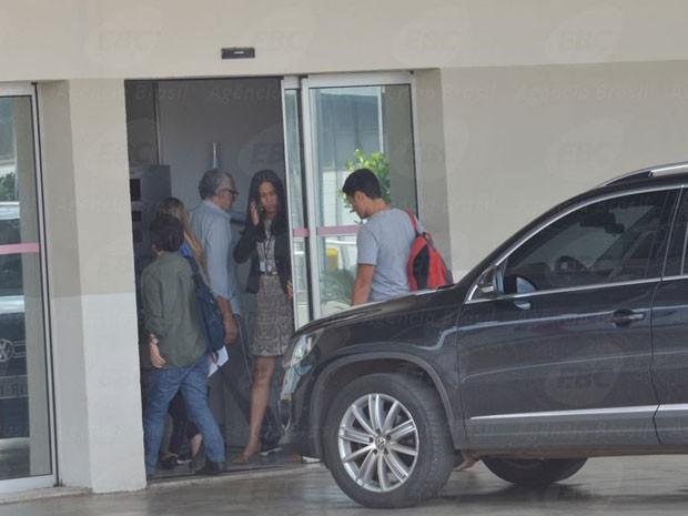 José Genoino ao chegar para avaliação no Instituto de Cardiologia neste sábado (Foto: Antonio Cruz / Agência Brasil)