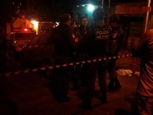 Crime ocorreu na noite desta terça-feira (21) (Foto: Ive Rylo/G1 AM)