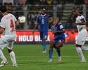 Roberto Carlos volta a jogar, mas Delhi perde para time de Zico