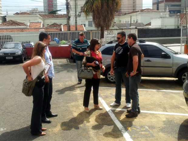 Delegados do DHPP chegam ao complexo da Polícia Civil em Campinas (Foto: Marcello Carvalho/G1)