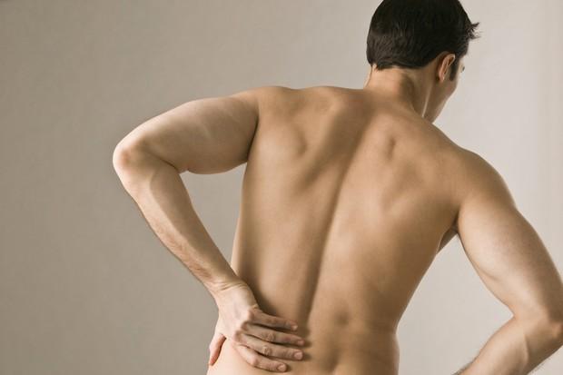 Dor nas costas (Foto: Thinkstock)