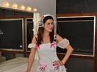 Fernanda Paes Leme se veste de noivinha sexy para festa julina