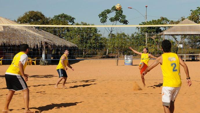 13 atletas disputaram a Copa Tocantinense de Futvôlei (Foto: Valério Zelaya/Divulgação Fundesportes)