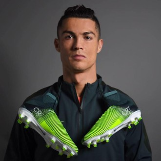 Cristiano Ronaldo chuteira Nike (Foto: Divulgação)