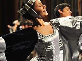 Apresentação noite de abertura (Foto: Divulgação/ Festival de Dança de Joinville)