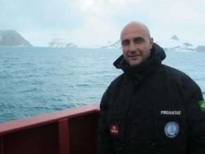 O técnico do Inpe, Heber Reis Passos (Foto: Eduardo Carvalho/G1)