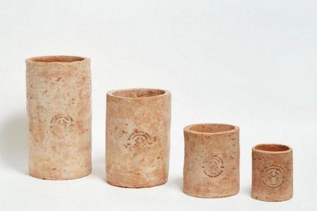 Merdacotta: a série de vasos feitos de... (Foto: Divulgação)
