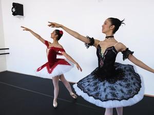 Verônica e Danielle participavam de festivais pelo Balé Jovem (Foto: Anna Gabriela Ribeiro/G1)