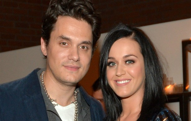 Após tantas idas e vindas, finalmente os cantores Katy Perry e John Mayer puseram um ponto final no conturbado namoro. Ela começou a namorar com o dj Diplo, mas ainda não está claro o quão firme a nova relação dela está. (Foto: Getty Images)