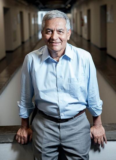 """César Camacho, diretor do Impa. Ele acredita que a instituição nunca esteve tão bem. """"Agora, precisamos crescer tanto fisicamente como nas áreas em que atuamos. O desafio é fazer isso com cuidado, sem abrir mão da qualidade"""" (Foto: Eduardo Zappia)"""
