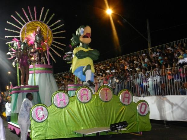 812d6439c1 Desfile da escola Unidos do Chatão de Uberlândia (Foto  Caroline Aleixo G1)