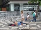 Fãs dormem na porta de hotel  do Rio para esperar Lady Gaga