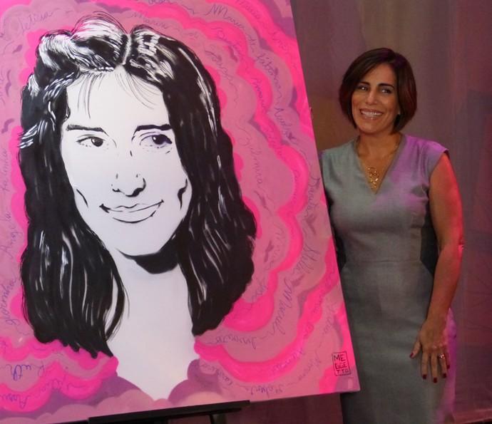 Gloria Pires ganha pintura com seu rosto (Foto: Talita Mendes / Gshow)