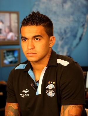 Dudu Grêmio entrevista (Foto: Eduardo Deconto/GLOBOESPORTE.COM)