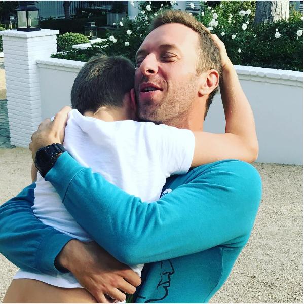 A reunião de Chris Martin com seu filho de 10 anos (Foto: Instagram)
