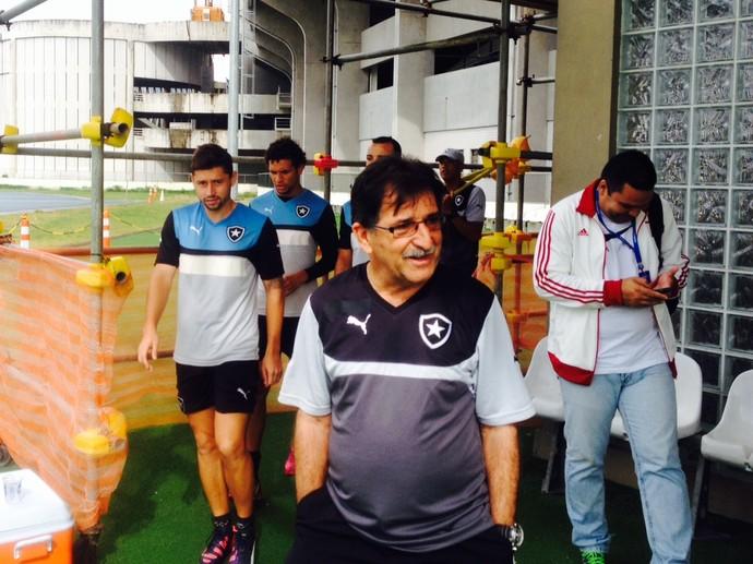 René treino Botafogo Engenhão (Foto: Marcelo Baltar)