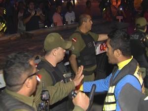 tumulto após acidente na PA-370, em Santarém (Foto: Reprodução/TV Tapajós)
