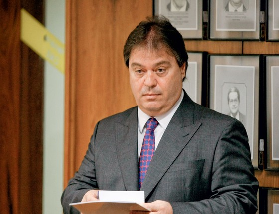 O senador Gim Argello (Foto:  Sérgio Lima/Folhapress)