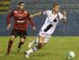 Nenê faz gol relâmpago, e Vasco sofre para segurar empate com o Oeste