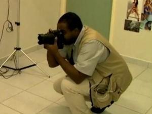 Jovens em Maceió usam a criatividade para obter renda extra  (Foto: Reprodução/TV Gazeta)