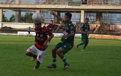Tapajós x Flamengo, final do Campeonato Santareno sub-17 (Foto: Michael Douglas/GloboEsporte.com)