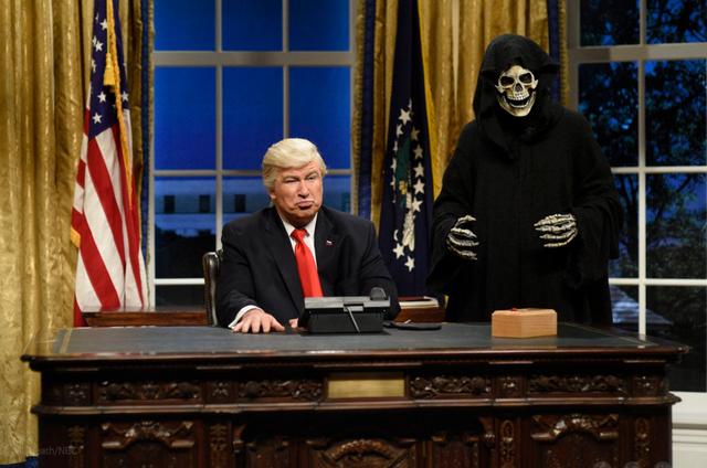Alec Baldwin como Donald Trump (Foto: Will Heath/NBC)