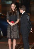 Kate Middleton usa look recatado em evento de gala em Londres