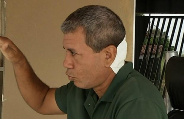 Homem invade igreja e é preso após esfaquear porteiro e pastor; veja vídeo em Goiás (Foto: Reprodução/TV Anhanguera)