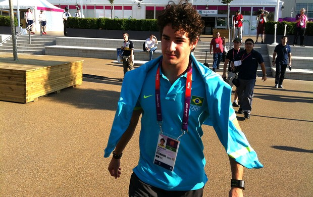 alexandre pato brasil vila olímpica (Foto: Márcio Iannacca / Globoesporte.com)