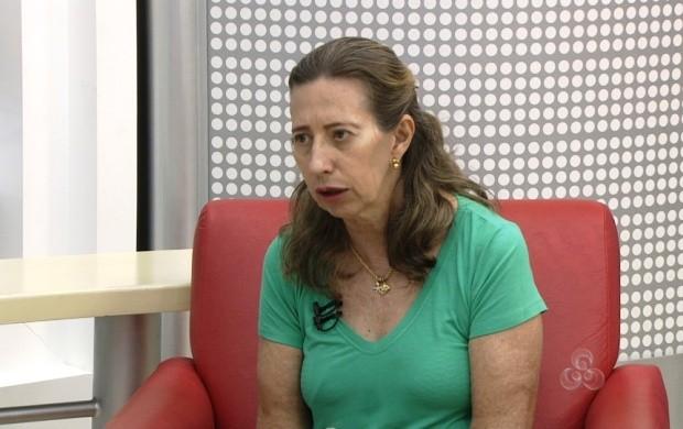 A técnica do Núcleo Estadual de Tuberculose fala sobre isso (Foto: Roraima TV)
