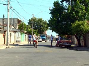 Cinco foram mortos em chacina no bairro Vida Nova, em Campinas (Foto: Reprodução / EPTV)