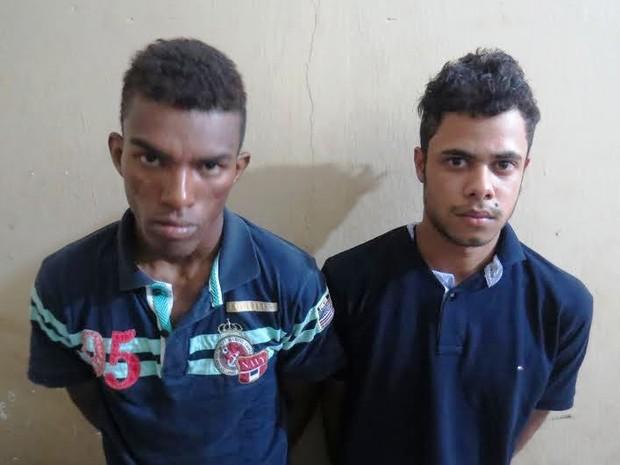 Abenício Carneiro Gonçalves e Lucas da Silva Cruz são suspeitos de assaltos em Colinas do Tocantins (Foto: Divulgação/PM TO)